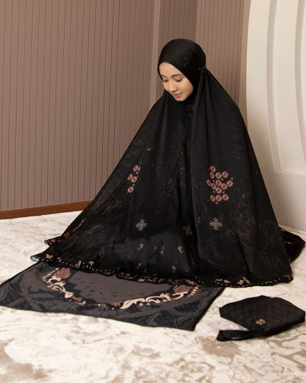SADIQA PRAYER SET MIDNIGHT - SAJADAH