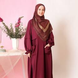 Bismillahirrahmanirrahim,Wear maroon for friday❤️, #HananiaDress in Maroon & #PersonaSeries in Maroon Lime 😍 kombinasi yang super comfy dan anti ribet bisa banget jadi temen kamu sehari-hari Lgirls~Available for order through whatsapp admins & e-commerce! Happy Shopping🤍Website: www.lbylcb.com Malaysia: +60 112-1257-168 Whatsapp 1: +62 812-9125-6179 Whatsapp 2: +62 8211-2250-088 Whatsapp 3: +62 812-2181-6645 CS Website: +62 8124-4687-795#LbyLCB #LoveConfidenceBeauty