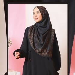 Bismillahirrahmanirrahim,Hanania Series;Raven Black All time favorite color🖤 Special Dress series from L Daily, Comfy, Affordable, for your everday outfit🤍Available for order through whatsapp admin, e-commerce and offline store💖Official Store: Kota Kasablanka Mall Lantai 1 081511247717Website: www.lbylcb.com Malaysia: +60 112-1257-168 Whatsapp 1: +62 812-9125-6179 Whatsapp 2: +62 8211-2250-088 Whatsapp 3: +62 812-2181-6645 CS Website: +62 8124-4687-795#LbyLCB #LoveConfidenceBeauty #HananiaSeries